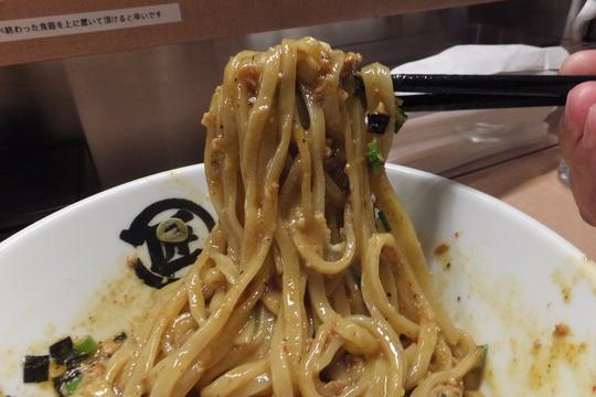 吹田・江坂 「マルショウ」 無性に食べたくなる台湾カレーまぜそば!