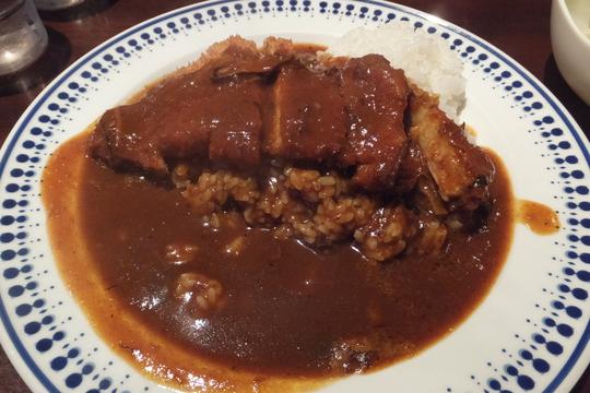 吹田・元町 「ビストロ グールマン」 洋食屋のカツカレーは旨味が詰まった欧風カレー!