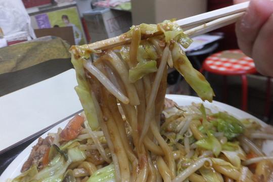 豊中・蛍池 「中華料理 ます」 ボリューミーな焼きうどん定食!