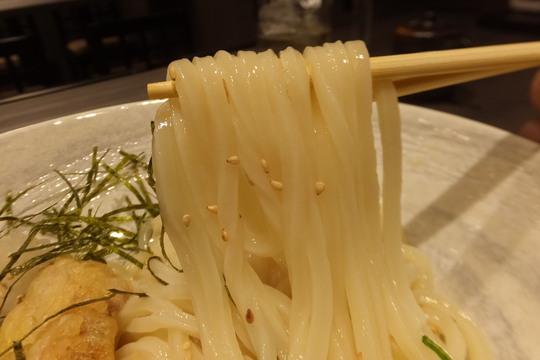 新大阪 「新大阪 のぶ風」 お得な寄り道セットと細麺で鶏天生醤油!