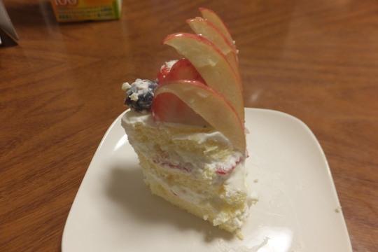 南堀江 「ミスベリー(Miss Berry)」 フルーツがたっぷりの誕生日ケーキをお願いしました!