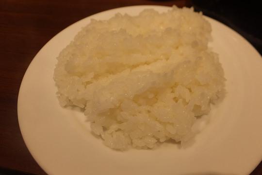 四ツ橋・アメリカ村 「いきなりステーキ」 アンガス牛のワイルドステーキが立ち食いでお値打ちに頂けます!