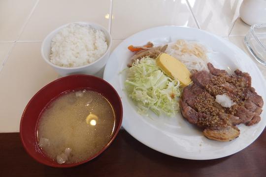 吹田・江坂 「イーストマリーン」 ゆったり出来るダイニングキッチン!