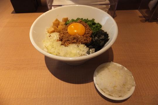 吹田・江坂 「マルショウ」 豊中の名店の3号店がオープンしました!