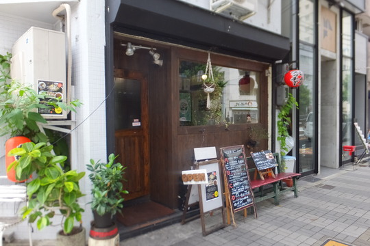 南堀江 「ブッチャー」 大阪好っきゃ麺6 第8弾 つけカレー焼ソバ(ソース)!
