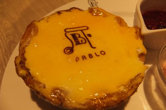 なんば・道頓堀 「パブロ」 パブロの焼きたてチーズタルトが食べられるカフェ!