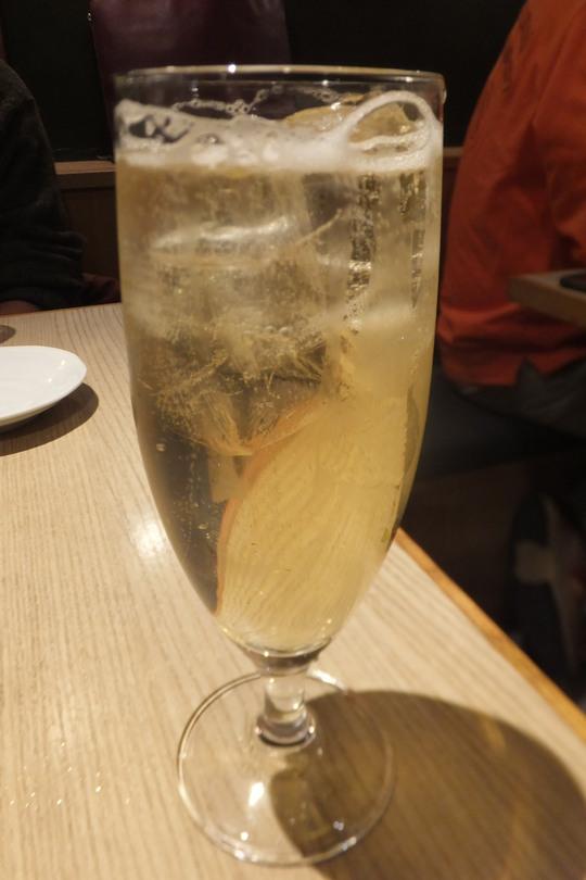 堺筋本町 「鉄板バル mo-ri(モーリ)」 恒例のコンペの打ち上げです!