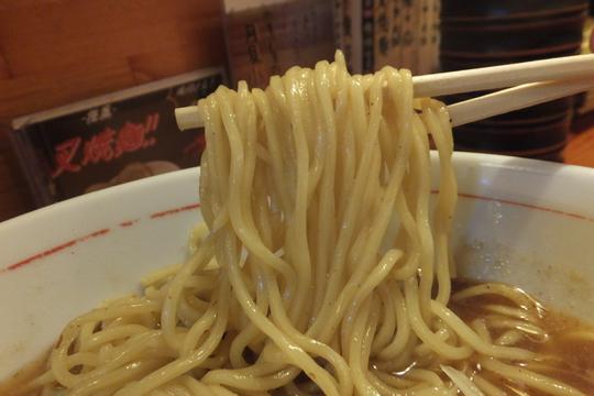 心斎橋・アメリカ村 「麺一献」 濃厚なカツオの味わい名代味玉濃鰹らーめん!
