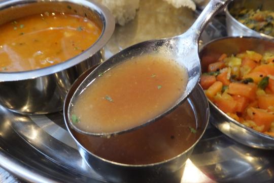 都島 「ナンタラ」 南インド料理のミールスが楽しめます!
