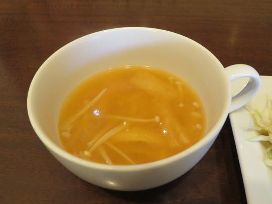 神戸・住吉 「コートドール」 この日の人気の日替わりランチは鶏の大根おろし煮込みでした!