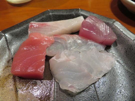 京橋・東野田 「炭火焼 みや澤」 京橋に居ながら高知が味わえる絶品鰹の塩タタキ!