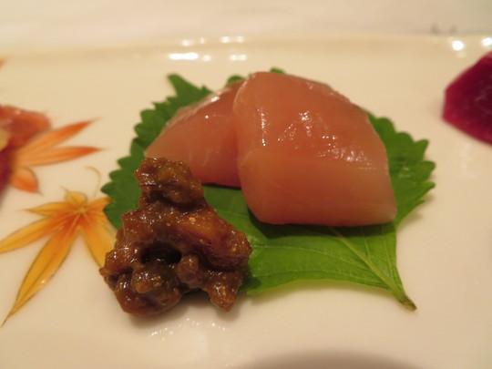 滋賀・堅田 「じどりや 穏座」 プレミアムシートのカウンターで頭の先から足まで淡海地鶏食べ尽くしコース!