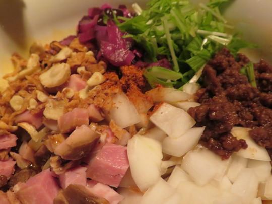 大正・タグボート大正 「KOBE  ENISHI 大正」 ピブグルマン授賞あの担担麺がタグボート大正で頂けます!