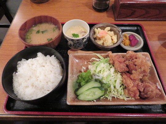 四ツ橋・南堀江 「あじ彩」 お得な日替わりの和風若鶏の唐揚げ!