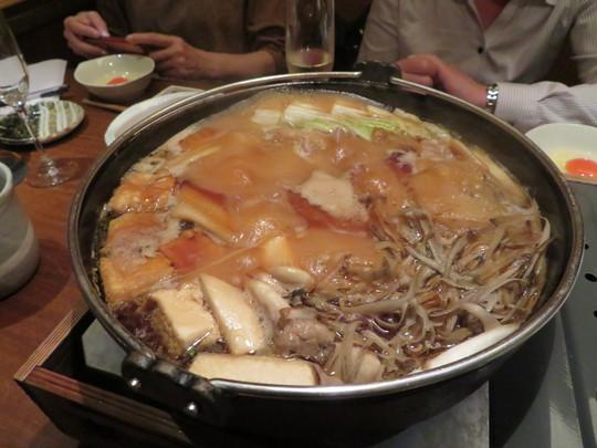 北浜 「軍鶏十番」 濃厚な味わいが楽しめる近江軍鶏のすき焼きコース!