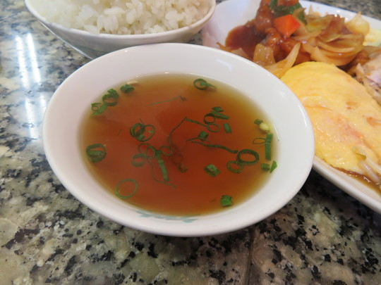 天下茶屋 「らーめん コーさん」 名物デカ盛りの中華定食が旨い!
