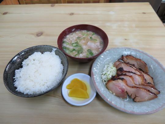 西長堀・南堀江 「成金屋食堂」 大阪最強の豚汁が旨い!
