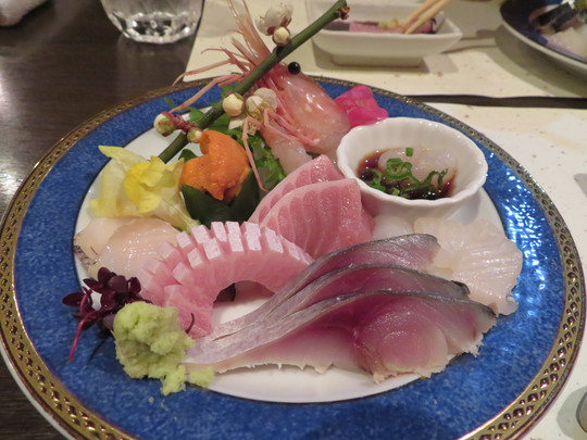 西宮・門戸厄神 「きときと」 富山直送の脂が乗った新鮮な魚介が楽しめます!