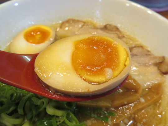 豊中・庄内 「麺や あ、うん」 京都の屋台の味わいのあ、うんらーめん!