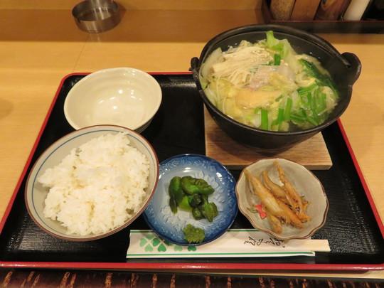 なんば 「すもうキッチン 佐賀昇」 元幕内力士が作る絶品の塩ちゃんこ定食!