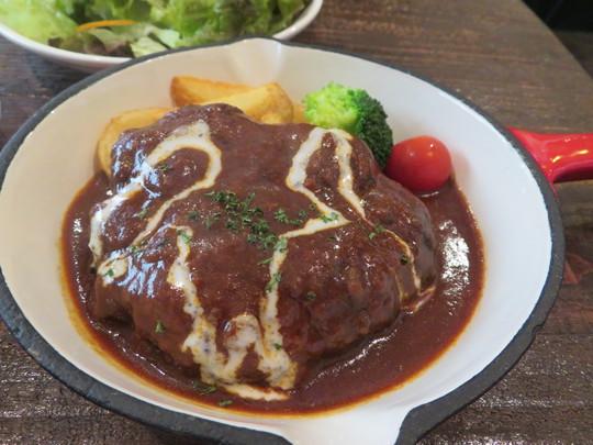 四ツ橋・新町 「ALK(アルク)」 イタリアンバーで頂く肉々しいハンバーグ!
