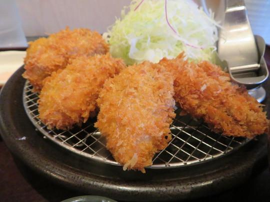 神戸・住吉 「とんかつ ながた園」 カキフライが美味しい季節になりました!