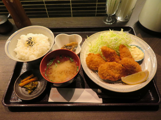 四ツ橋・北堀江 「帆洲(はんす)」 ガッツリ牡蠣フライランチを頂きました!