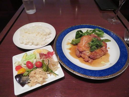 北堀江 「frank(フランク)」 週替りのフレンチ・ランチの若鶏のソテー すだちバターソース!