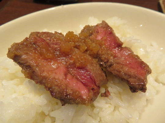 梅田・Whityうめだ 「肉屋の肉バル TAJIMAYA」 ジューシーなミスジステーキランチ!