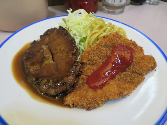 なんば・アメリカ村 「ニューライト」 魚フライとハンバーグのB定食がお得で旨い!