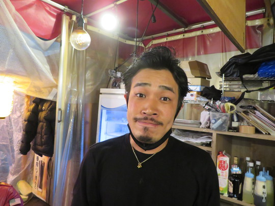 大国町・木津市場 「呑み処 まるや」 大人気の木津市場の海鮮居酒屋!