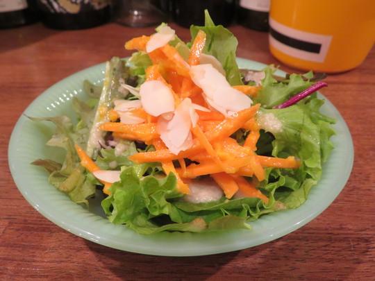 神戸・住吉 「エッグスタンド(eggstand)」 濃厚な味わいでコク深いデミグラスソースオムライス!