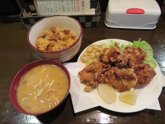 南堀江 「やきとりチョップ」 大満足の満腹ランチもも唐揚げ定食を頂きました!