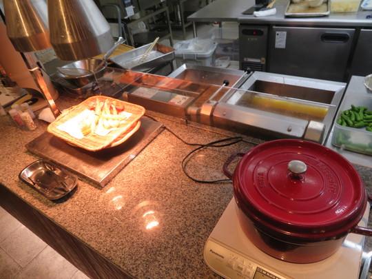 福井・あわら温泉 「グランディア芳泉」 福井・京都北部珍道中 その2 食べ応えあるブッフェ形式のディナー!