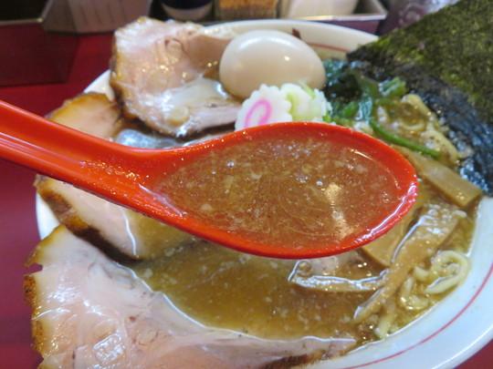 西淀川・塚本 「麺一盃」 トッピング具沢山の特製あっさりらーめん!