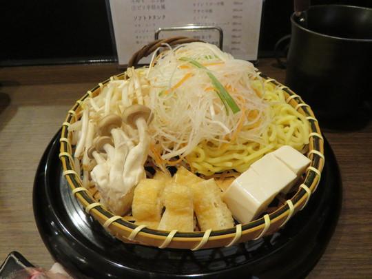 神戸・住吉 「ゆで朗」 近江牛の中の稀少価値である澤井姫和牛を使用したしゃぶしゃぶ店のお得なランチセット!