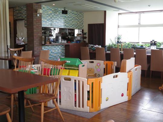 四條畷・忍ヶ丘 「カフェ・グッドディズ」 子供も連れて行けるボリューム満点のハンバーグランチ!
