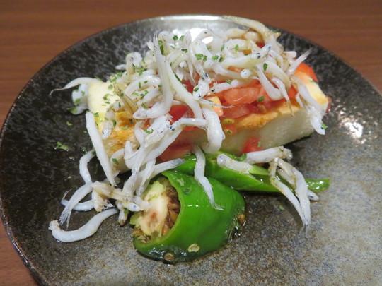 堺東 「日本酒肆 やよや」 地酒とそれに合う料理がリーズナブルに楽しめる居心地のいい日本酒バー!