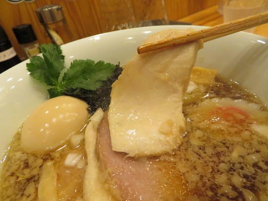 堺東 「ムタヒロ」 ワハハ煮干特製そばは煮干がガツンと効いてこれは旨い!