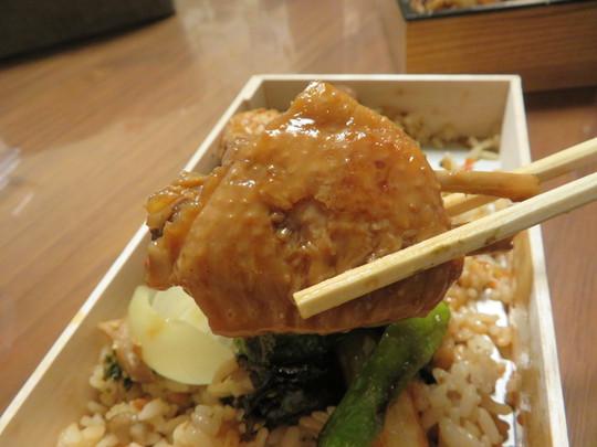 梅田・北新地 「焼鳥 市松」 3年連続ミシュラン一つ星の名店が贈るテイクアウト焼鳥弁当&鶏もも肉生ハム!