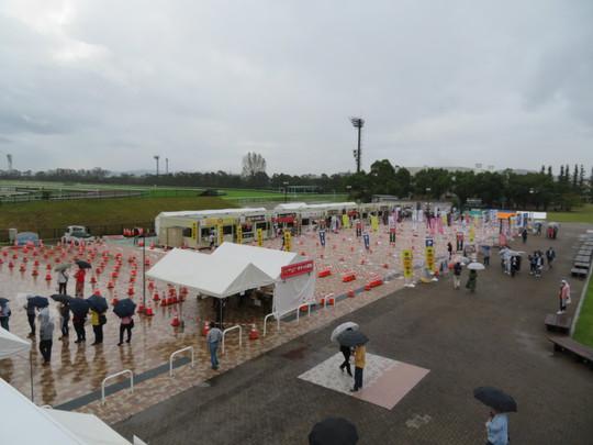 淀・京都競馬場 「関西ラーメンダービー2018」 第1レース!