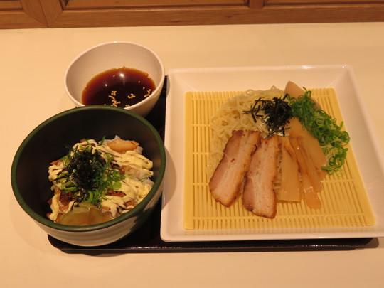 梅田・阪神百貨店 「カドヤ食堂 梅田阪神店」 冷やしつけ麺始まりました!