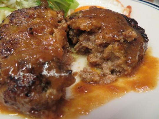 四ツ橋・新町 「肉バル ワイズベリー」 自家製塩麹でやわらかく旨味が増したハンバーグ!