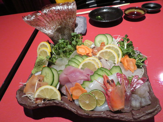 泉佐野 「さのちり亭」 昼網の新鮮な地魚と戻り鱧のハモチリがメチャクチャ旨い!