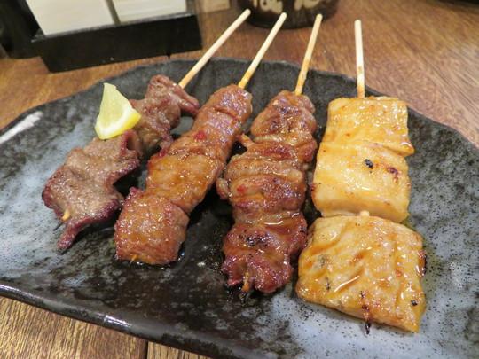 西中島 「肉酒場 犇屋(ひしめきや)」 天満犇屋の系列で一頭買いの為リーズナブルに肉が頂けます!