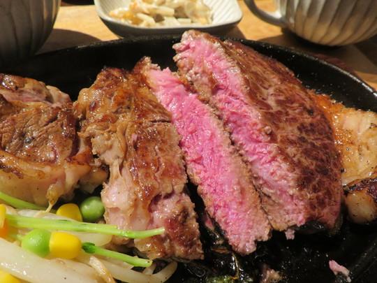 長堀橋 「肉ya!ステーキ」 鹿児島産の黒毛和牛リブロースをガッツリ頂きました!