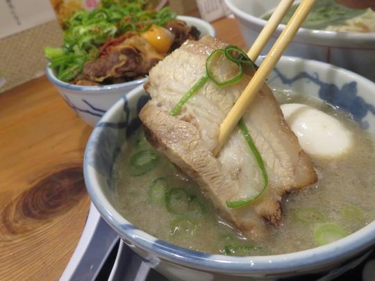 福島 「別邸三く 中華㐂蕎麦 萃(すい)」 スープのバランスを考えた和食的発想の三く大阪つけ麺!