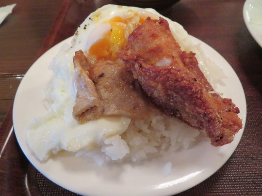 梅田 「ハイボールBAR 梅田楽天地1923」 豚のしょうが焼きや唐揚げ、タコさんウインナーが楽しめるBランチセット!