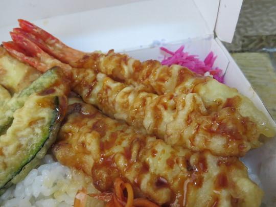 四ツ橋・南船場 「宮がみ屋本店」 大人気の季節野菜のきまぐれ天丼をテイクアウトしました!