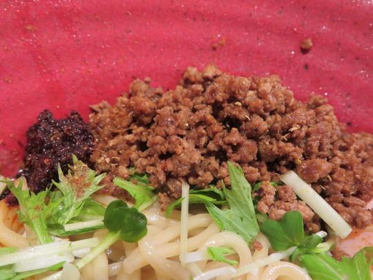 東京・立石 「立石担担麺 火のき」 金ごまの芝麻醤とミンチをまぜまぜして頂く金ごま冷やし担担麺!
